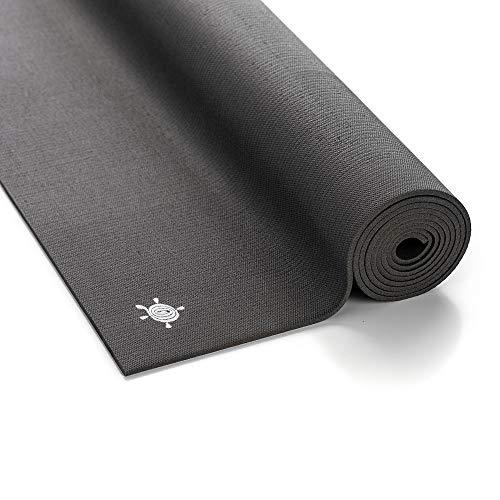KURMA Grip Lite Yogamatte – Anthrazit, 4,2 mm, leicht, extra breit, fester Griff mit weicher Haptik, umweltfreundlich, ungiftig, geruchsfrei, 100% industriell recycelbar, Made in Germany