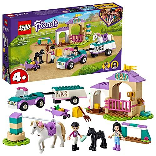 LEGO 41441 Friends Trainingskoppel und Pferdeanhänger, Spielzeug ab 4 Jahre für Mädchen und Jungen mit Pferdestall und Pferden