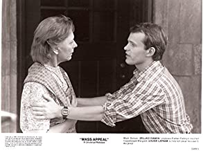 MOVIE PHOTO: MASS APPEAL-1984-LOUISE LATHAM/ZELJKO IVANEK-8X10 NM
