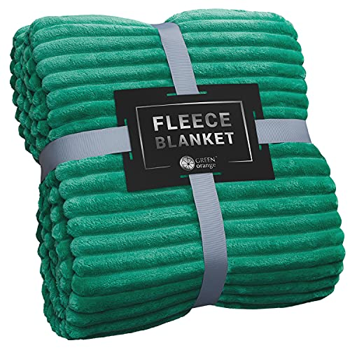 Throw Blanket for Couch - 50x60, Lightweight, Emerald Green - Soft, Plush, Fluffy, Warm, Cozy - Perfect for Bed, Sofa
