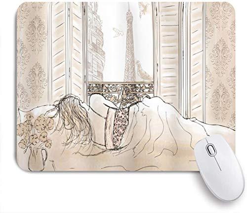 VORMOR Mauspad - Paris Pariser Frau, die mit der Ansicht des Eiffelturms vom Fenster Romance Skecthy Modern schläft - Gaming und Office rutschfeste Gummibasis Mauspads,240×200×3mm