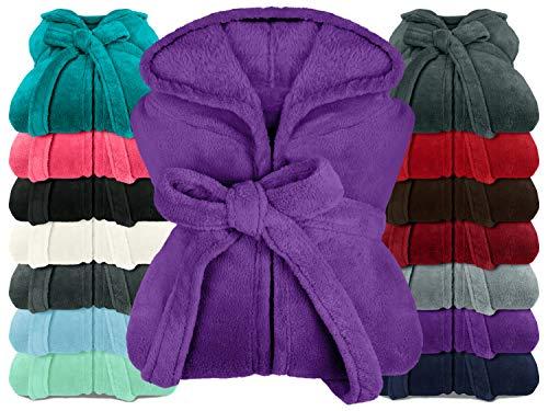 npluseins extra weicher Kapuzen-Bademantel aus Kuschelfleece - in modernen Farben und verschiedenen Größen - Unisex & wadenlang, XXL, lila