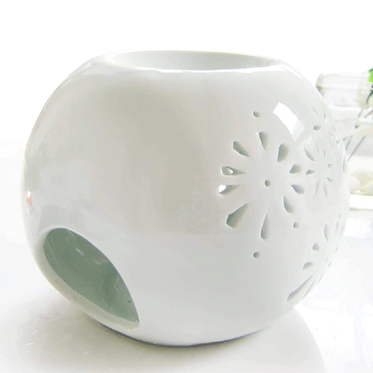 DEBON Creative Milk White Ceramic Hollowing Floral Aroma Lamp Oil Diffuser Essential Oil Lamp Aromatherapy Furnace Ceramic Incense Burner Oil Candle Furnace Tea Light Holder Candle Holders (C) tlqhbmyp087
