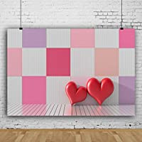 Qinunipoto 背景布 写真背景布 バレンタインデー撮影用 背景シート 市松模様の木製の壁 ハートバルーン 写真を撮る恋人 背景ポスター 撮影 写真撮影用 ウォールステッカー 布 ビニール 2.1m x 1.5m