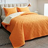 AIKASY Reversible Quilt Set 2-Piece Twin Size with Pillow Shams, Lightweight Microfiber Soft Twin bedspreads Summer Comforter Set Bed Cover for All Season - (Orange,68'x86')