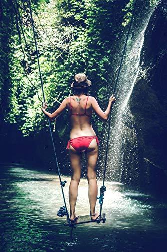 nobrand Mädchen im Bikini das auf Einer Schaukel auf dem Fluss Steht - Malen nach Zahlen für Erwachsene Leinwand
