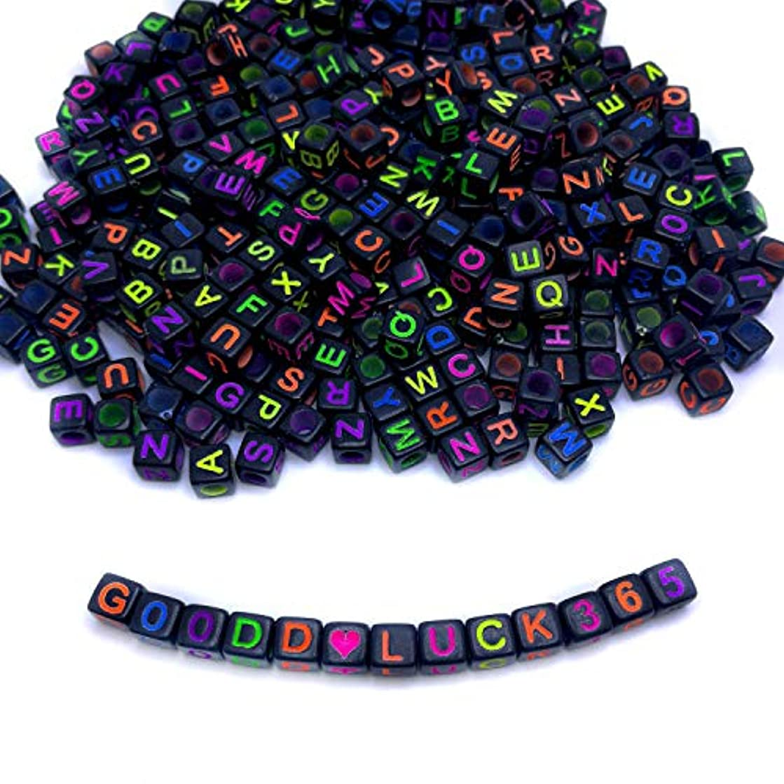 Amaney 800pcs 6×6mm Black Cube Acrylic Alphabet Letter Beads A-Z Include 100pcs Heart and Number Beads for jewelry making Bracelets Necklaces Key Chains and Kids Jewelry Each Letter Included