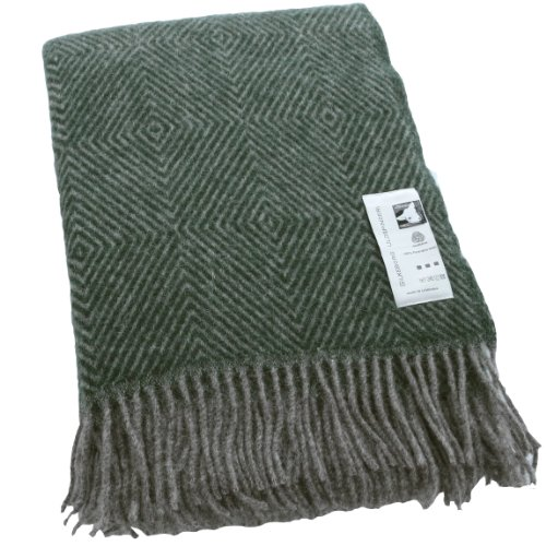 Silkeborg Extralange graue Wolldecke mit grünen Fischgrat-Streifen aus 100% skandinavischer Schurwolle, ca 240x140cm mit Fransen, 1100g