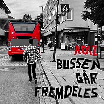 Bussen Går Fremdeles