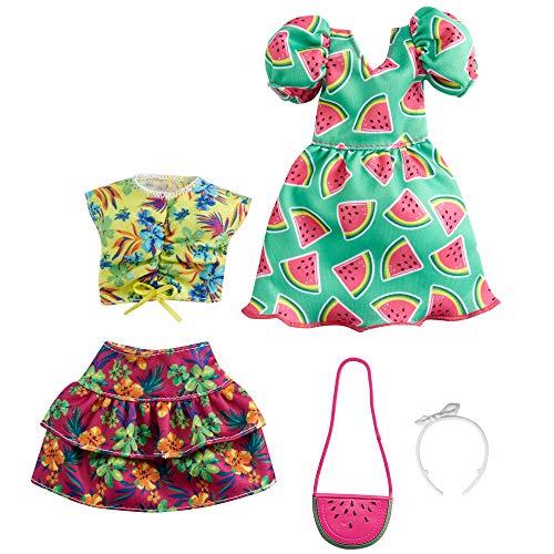Barbie- Set da 2 Outfit con Abito con Stampa a Tema Anguria, Gonna Floreale, Canotta Tropicale e Accessori, Giocattolo per Bambini 3+ Anni, GRC85