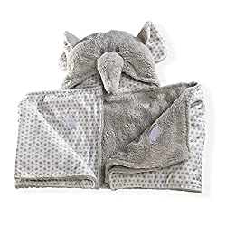 Made from super soft plush fabric Lined with a cosy, complimentary star fabric in Grey and white Complete with curly trunk and floppy ears! Perfect for cosy winter nights, it also makes a lovely gift for a new-born or baby shower Dimensions: 97 x 97 ...