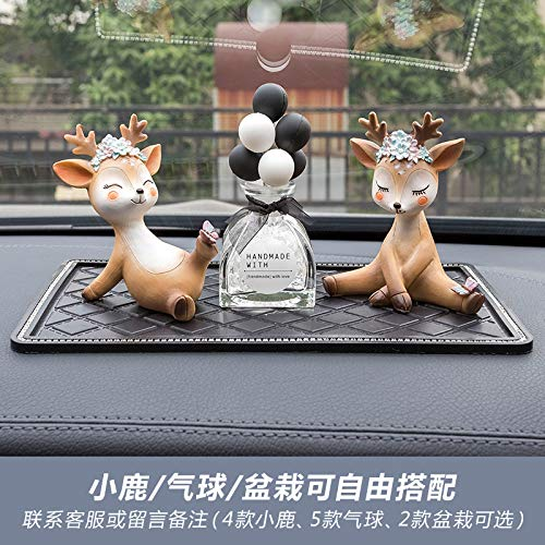 RAP All the way Ping'an herten auto decoratie auto accessoires center console parfum seat high-end Ping'an herten gepersonaliseerde decoratie levert ondeugende fawn + coy fawn + zwart en wit ballon + anti-slip mat