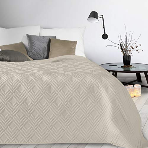 Design91 Tagesdecke Alara Gesteppter Bettüberwurf Einfarbig Steppung 3D Geometrisches Muster Ganzjährig (Creme 1, 170 x 210 cm)