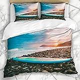 877 Bettwäschesets Ocean Blue Surfing Surfboard Auf Steinen Strand Sonnenuntergang Sonnenaufgang Parks Sport Erholung Orange California Mikrofaser Bettwäsche mit 2 Pillow Shams