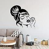 Adesivo Murale Ragazza Viso Acconciatura Trucco Vinile Parete Specchio Adesivo Moda Donna Decorazione Camera Da Letto 64X57 Cm