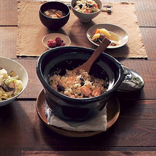 白米だけでなく、玄米や炊き込みご飯などもおいしく炊けます。さらに土釜には木のおひつと同じように通気保湿効果もあるので、ご飯が冷めてもべとつかないという、嬉しい特徴もあります。