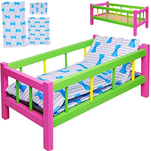 alles-meine.de GmbH Holz Puppenbett - 43 cm lang - mit Bettwäsche - Mädchen Farben - für große & kleine Puppen - Matratze Decke & Kopfkissen - Kinderbett Baby - Puppe - Bett aus ..