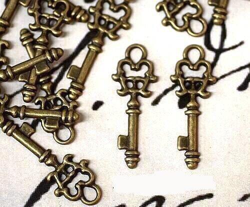 PLUS!...ANDERE PACKET...GRATIS!! - 10 stuks x 'VINTAGE STYLE' antieke bronzen sleutelhanger (21,9 mm). Springen ringen meegeleverd voor bijlagen. Universeel te gebruiken voor sieraden, kaarten maken en Scrap-booking. Bekijk ons fantastische assortiment kralen, bedeltjes en vindingen (Ref:9B58)