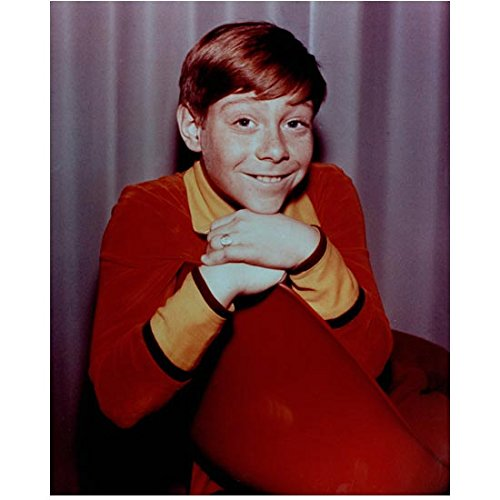 Lost in Space (1965) 8 x 10 Photo Billy Mumy Cute Smile Sitting kn