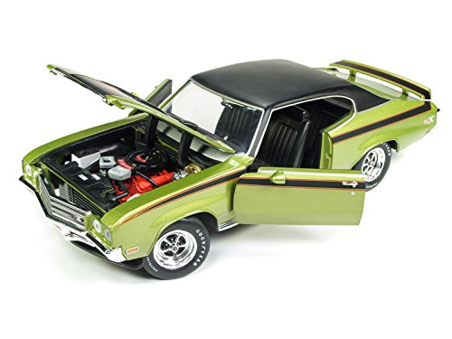 """1971 Buick Skylark GSX Limemist Green with Black Hardtop and Black Stripes""""Hemmings Muscle Machines"""" Magazine Limited Edition to 702 pieces Worldwide 1/18 Diecast Model Car by Autoworld AMM1117"""