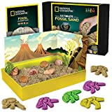 NATIONAL GEOGRAPHIC Fossil Play Sand - 2 lb of Play Sand, 4 Large Molds, 6 Real Fossils, A Kinetic Sensory Sand Activity Kit for Boys & Girls