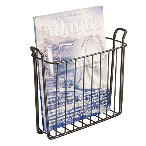 mDesign porte-journaux mural – joli classeur à revues en métal pour la salle de bain, la cuisine ou le bureau – convient aussi comme support pour livres, plateaux etc. – couleur : bronze