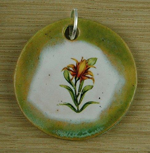 Echtes Kunsthandwerk: Schöner Keramik Anhänger mit einer Iris; Iris, Schwertlilie, Blume, Lilie