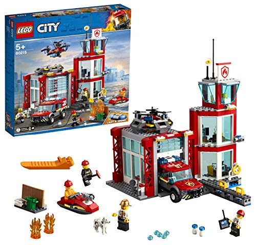 LEGOCityFireCasermadeiPompieri,SetdiCostruzioniconFuoristradaGiocattolo,ScooterAcquatico,Dronee3MinifigurediVigilidelFuocopiùunMattoncinoLuminosoeSonoro,60215