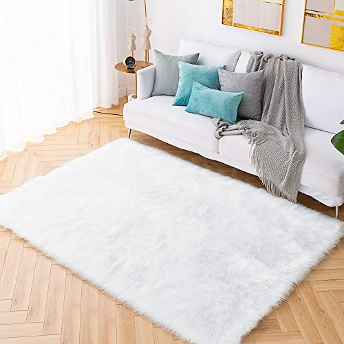 Carvapet Shaggy Soft Faux Sheepskin Fur Area Rugs Floor Mat Luxury Bedside Carpet for Bedroom Living Room, 5ft x 7ft,White