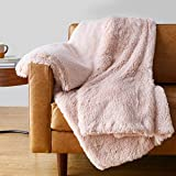 Amazon Basics Shaggy Long Fur Faux Fur Sherpa Throw Blanket, 50'x60' - Peach Blush