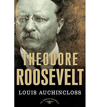 Hardcover Theodore Roosevelt : An Intimate Portrait of the First President of the 20th Century [Large Print] Book