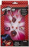 Joy Toy 65991 Figurines & Characere Miraculous Parure de bijoux avec 1 bracelet de perles, 1 collier de perles et 2 anneaux dans un coffret cadeau 12 x 4 x 18 cm