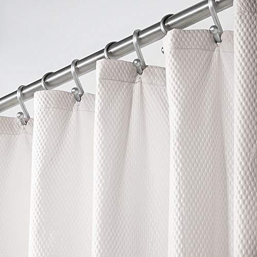 mDesign Duschvorhang – weicher Badewannenvorhang mit Waffelmuster – pflegeleichter und waschmaschinenfester Badvorhang – hellgrau