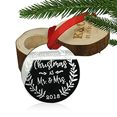 ZUNON First Christmas Ornaments 2018 ,Our Firest Christmas as Mr & Mrs Couple Married Wedding Decoration 3  Flat Circle Mirror Arcylic Ornament (Color 3)