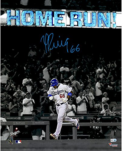 Yasiel Puig Los Angeles Dodgers Autographed 16' x 20'' Home Run Spotlight Photograph - Fanatics Authentic Certified