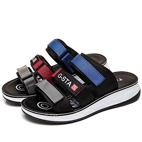 Vrouwen zomer pantoffels, sandalen, pantoffels, vrouwen vlak met dikke zolen sandalen, zomer casual, een vrouw buiten, slijtvast, slijtvast
