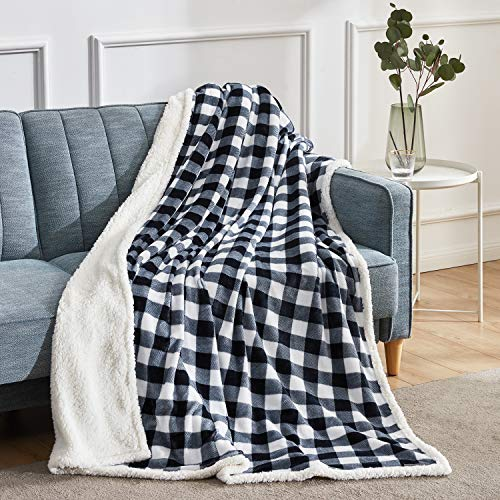 """BEAUTEX Sherpa Fleece Throw Blanket, Super Soft Warm Buffalo Plaid Plush Blankets and Throws, Lightweight Cozy Fuzzy Blanket for Couch Sofa Bed (Black, 50"""" x 60"""")"""