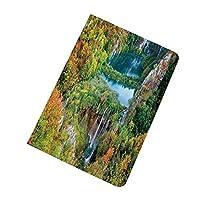 iPad Mini 5 2019 ケース 秋の装飾 プリトヴィチェ湖群国立公園クロアチアの装飾的な秋の渓谷の装飾 軽量 PU レザー スマート 耐衝撃 傷防止 クリア ハード スタンド オートスリープ ウェイクアップ 機能 Mini5 専用 グリーンブルーオレンジ