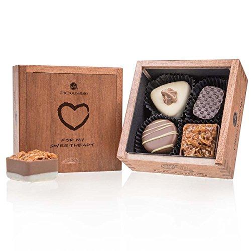 Elegance Mini - Amor - 4 chocolates de lujo   Calidad Premium   Empaquetado en una elegante caja de madera   Te amo chocolate   Valentine   Idea de regalo   Regalo   Hombres   Mujeres   Cumple