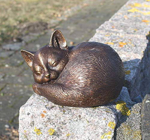 H. Packmor Bronzeskulptur schlafende Katze Kätzchen Gartenfigur Dekoration aus Bronze
