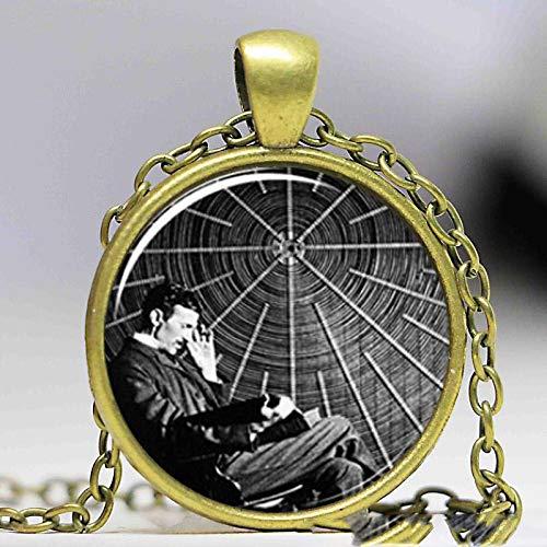 Nikola Tesla Halskette mit Anhänger aus Glas