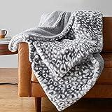 Amazon Basics Fuzzy Faux Fur Sherpa Blanket, Full/Queen, 90'x92' - Grey Snow Leopard