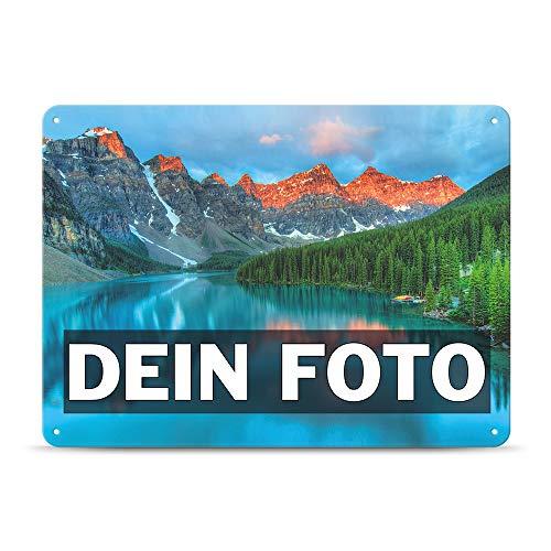 Tassendruck Blech-Schild mit Foto und Text selbst gestalten/Personalisierbar mit eigenem Bild als Metall-Poster / A3 (30x42cm) im Querformat/Weiss