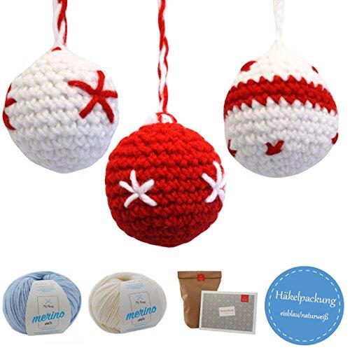 MyOma Weihnachtsdeko häkeln - DIY Omas Weihnachtskugeln - Weihnachten basteln - DIY Häkelpackung mit 2 Knäuel Merinomix, Häkelanleitung und Füllwatte - Häkelset in rot-weiß