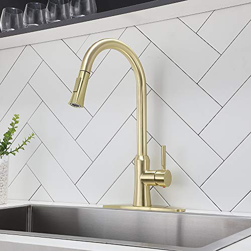 Comllen Best Commercial Brushed Gold Pull Down Kitchen Faucet,Stainless Steel Single Handle Pull Out Kitchen Sink Faucets with Deck Plate