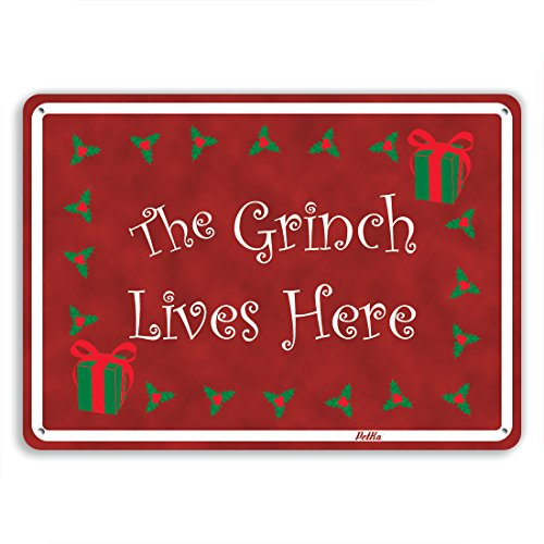 The Grinch Lives Here Christmas Sign Decoration Idea