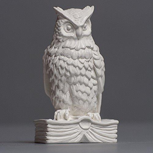 Eule mit Buch Skulptur aus hochwertigem Zellan, echte Handarbeit Made in Germany, Büste in weiß, 8cm
