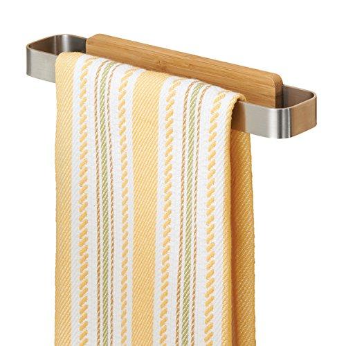 mDesign Handtuchhalter – Geschirrtuchhalter aus Edelstahl (BHT: 23,0 x 4,0 x 3,0 cm) zum Kleben an die Schranktür – Türhandtuchhalter ohne Bohren in Holzoptik – silberfarben