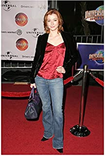 Alyson Hannigan 8x10 Photo How I Met Your Mother American Pie Buffy the Vampire Slayer on Red Carpet Black Velvet Jacket Over Red Satin Top & Jeans kn