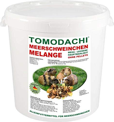 Tomodachi Meerschweinchenfutter, Nagerfutter pelletfrei, Naturprodukt, Hauptmahlzeit Meerschwein, lecker, viel Gemüse, Möhrenflocken, Erbsenflocken, Getreide, Nüsse, Kerne, Kräuter 1kg Eimer